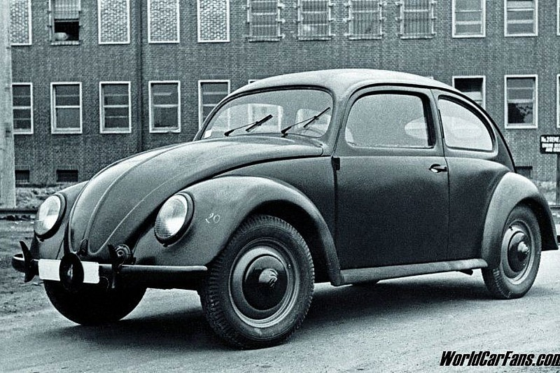 1946: Dealers Receive the First Volkswagen Beetles
