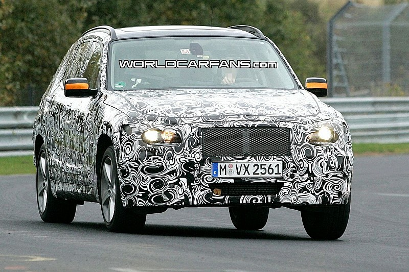 BMW X1 Prototype Official Spy Video Drifting on the Snow