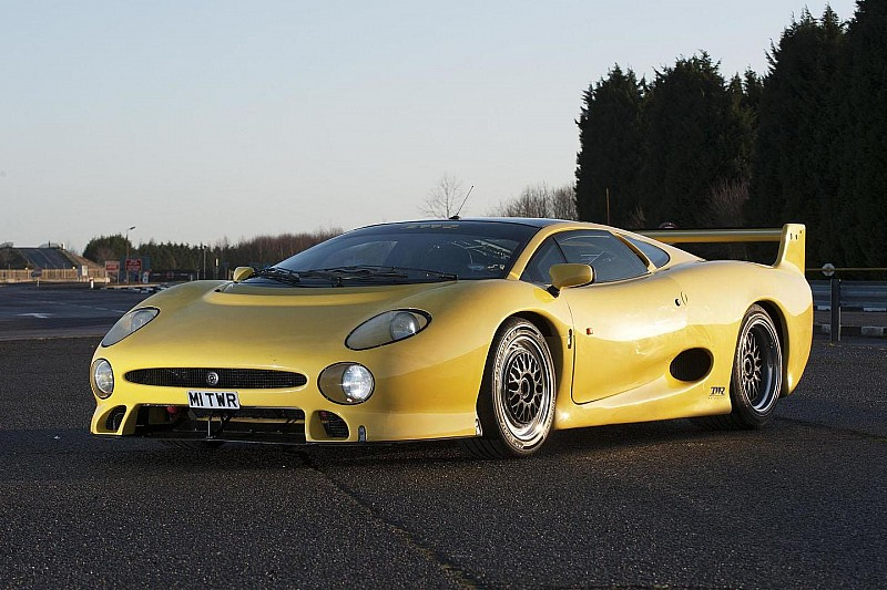 Jaguar XJ220 turns 20