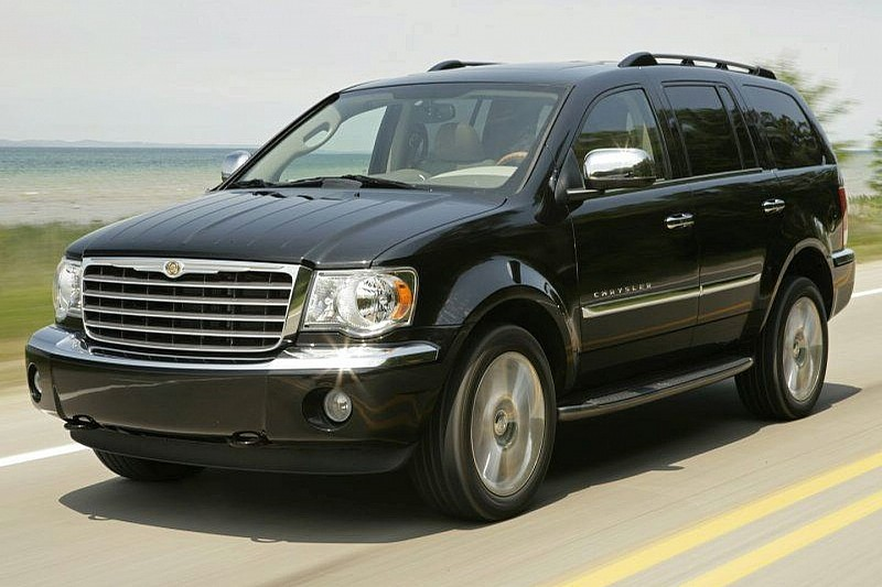 Dodge Durango Used >> Chrysler seven-seat crossover due in 2017, will be larger than the Dodge Durango | Wcf news ...