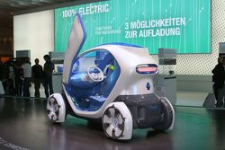 Renault Twizy Z.E. Concept live in Frankfurt