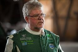 Boije Ovebrink, Volvo hybrid truck, Mean Green, sets new world speed records on April 27, 2012