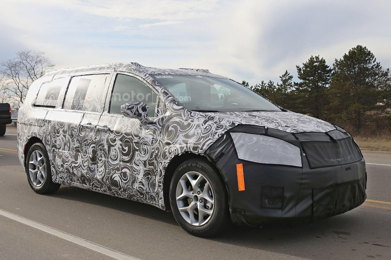 Thread: 2017 Chrysler Town & Country / Dodge Grand Caravan spied for ...