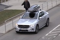 Mercedes GLC Coupe\'s roof box compensates smaller trunk [video]