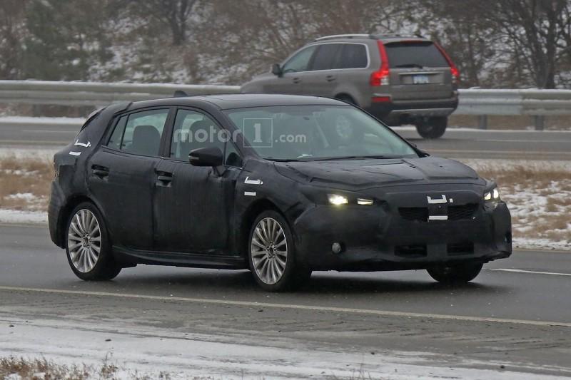 2017-subaru-impreza-hatchback-spy-photo